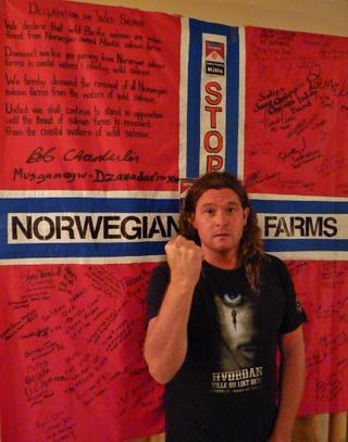 Don Stop Nowegian fish farms flag
