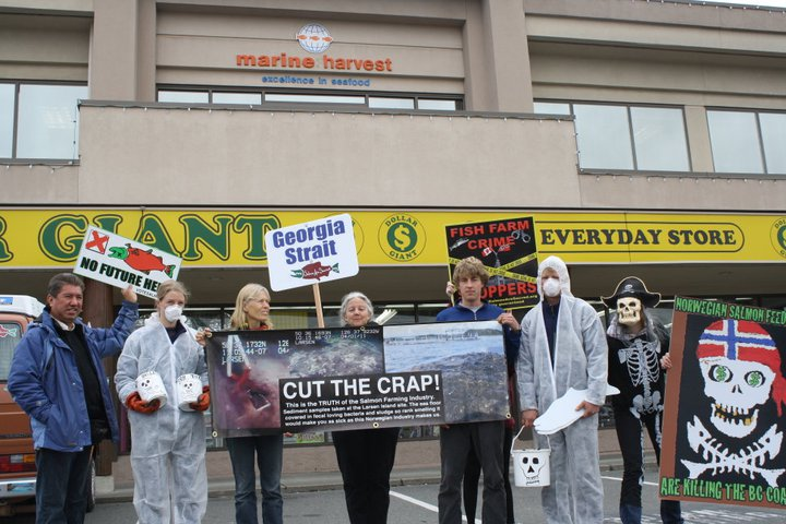 Cut the Crap MH protest