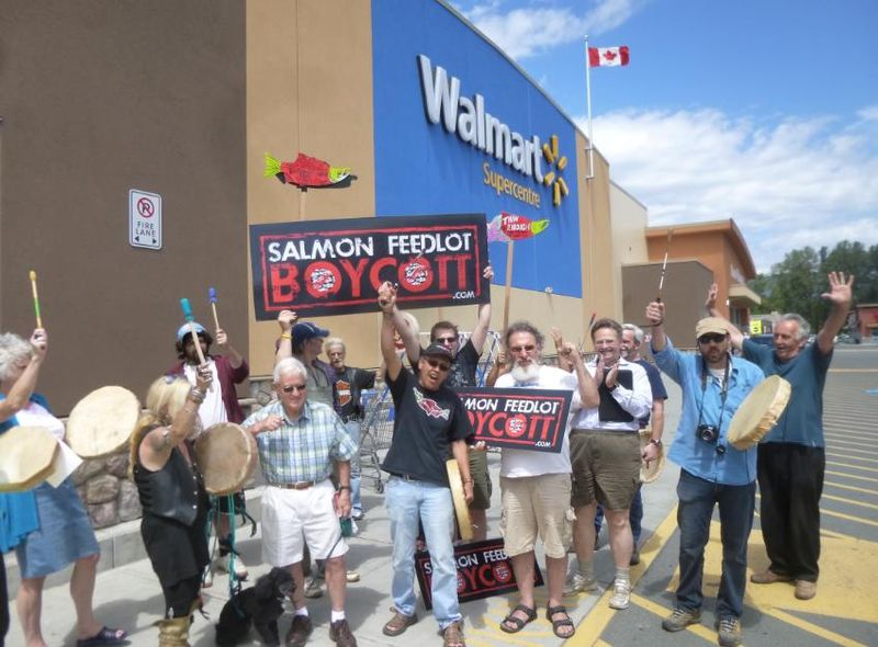 Walmart photo #15 crowd fist pumping