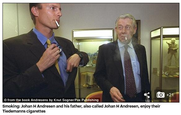 Johan Andresen smoking with Dad